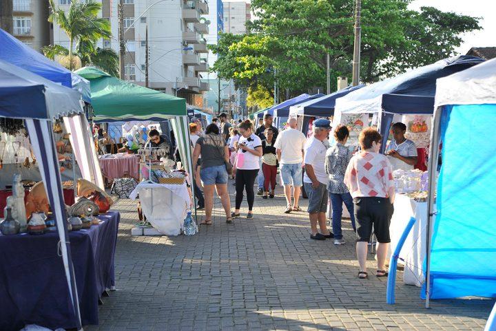 1º encontro de artesanato do litoral catarinense (Piçarras)