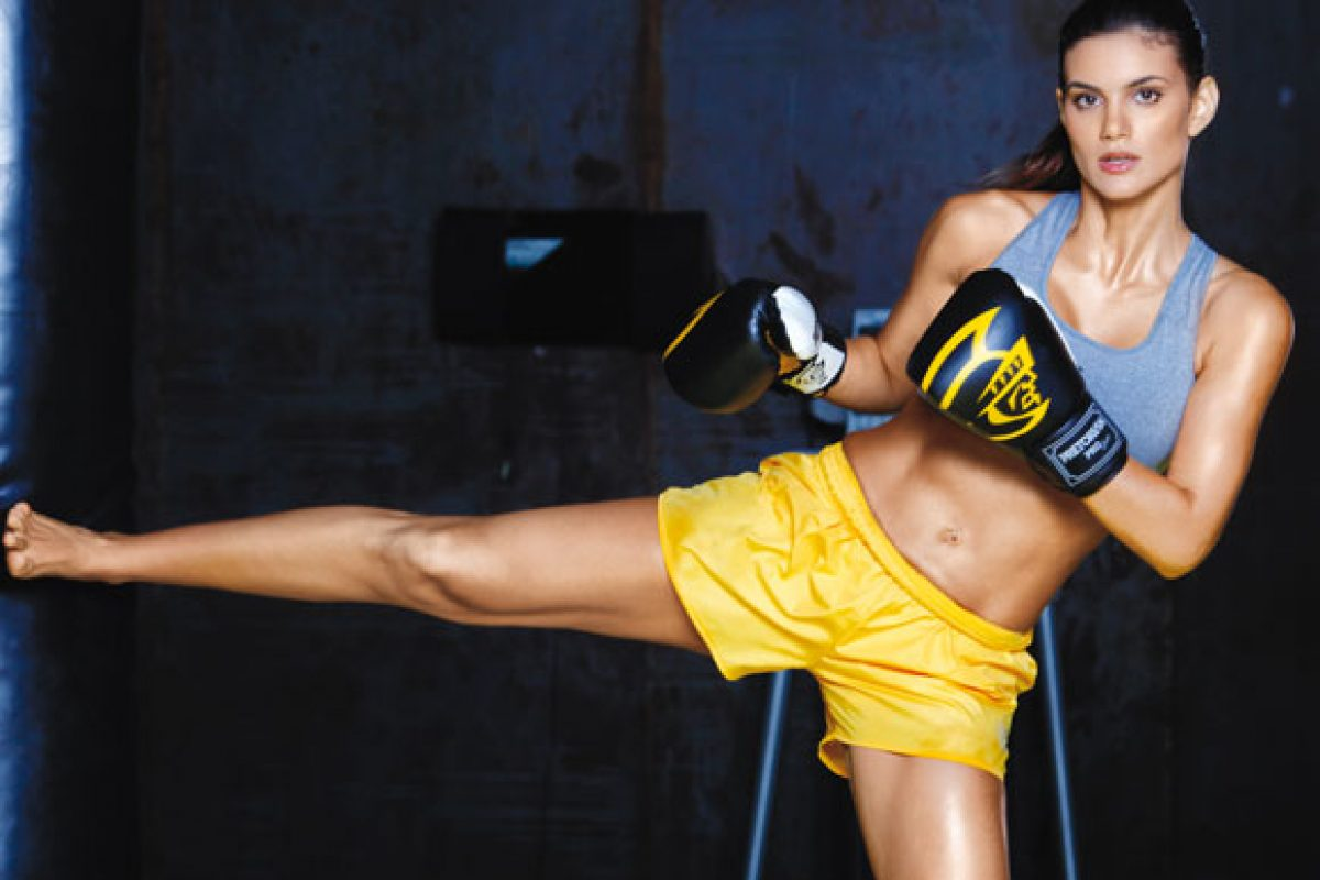 Muay Thai emagrece, fortalece os músculos e define o corpo