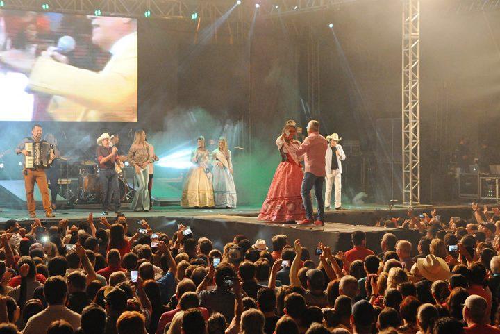 21ª Festa Nacional do Pirão – Barra Velha – Trio Parada Dura