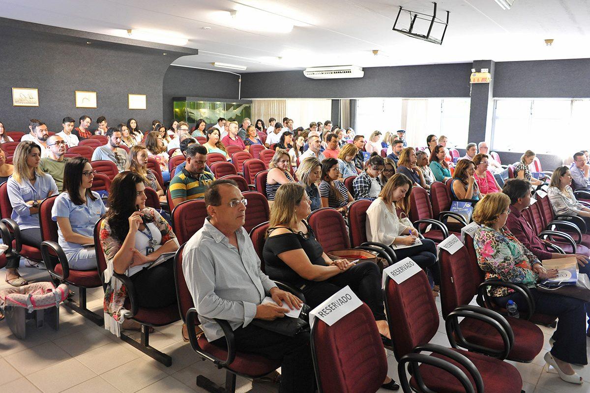 3º Fórum de Turismo de Balneário Piçarras reúne 120 participantes