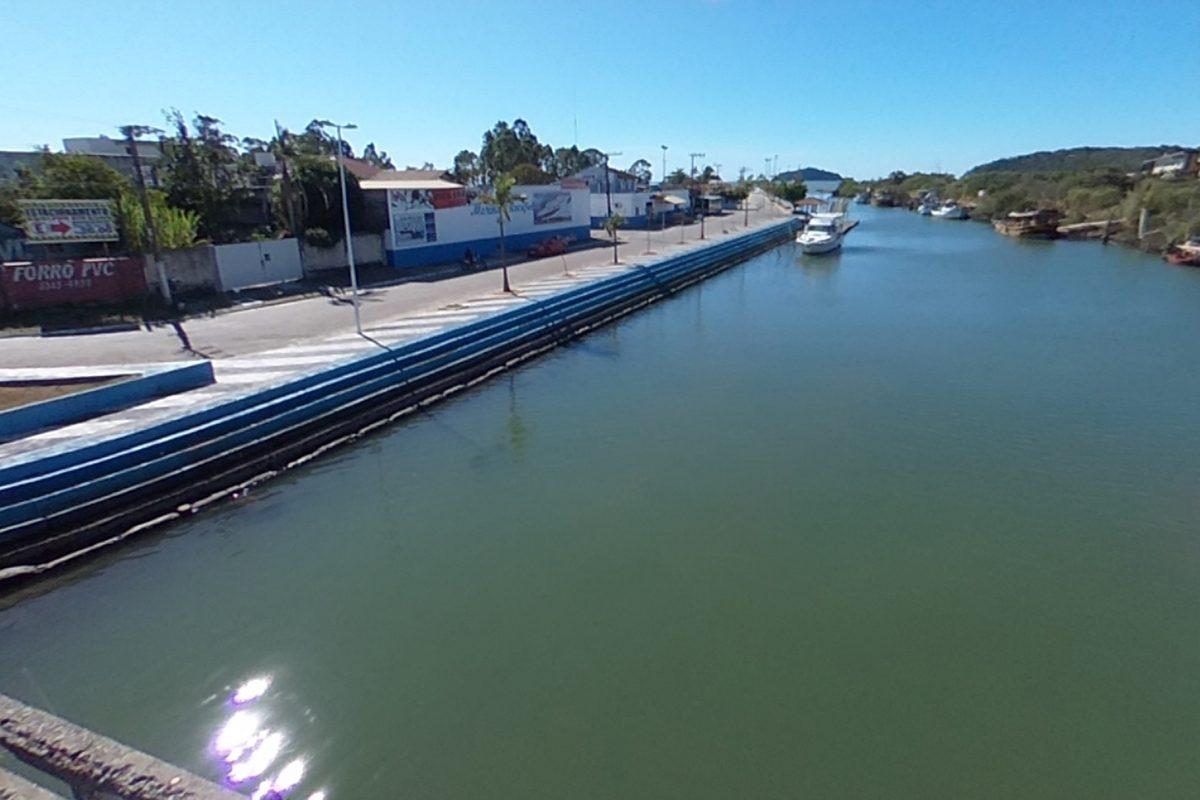 Barra do Rio Piçarras
