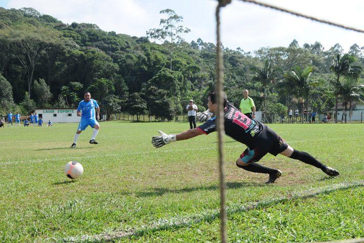 Campeonato municipal de futebol de campo (Piçarras)