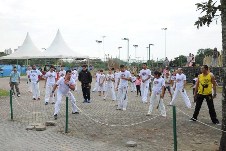 Encontro de capoeira – gingando entre amigos (Piçarras)