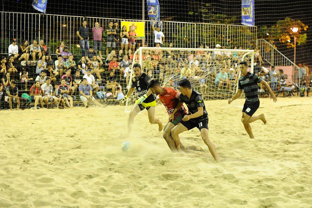 Futebol de areia Piçarras
