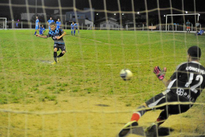 Futebol suíço – final (Piçarras)