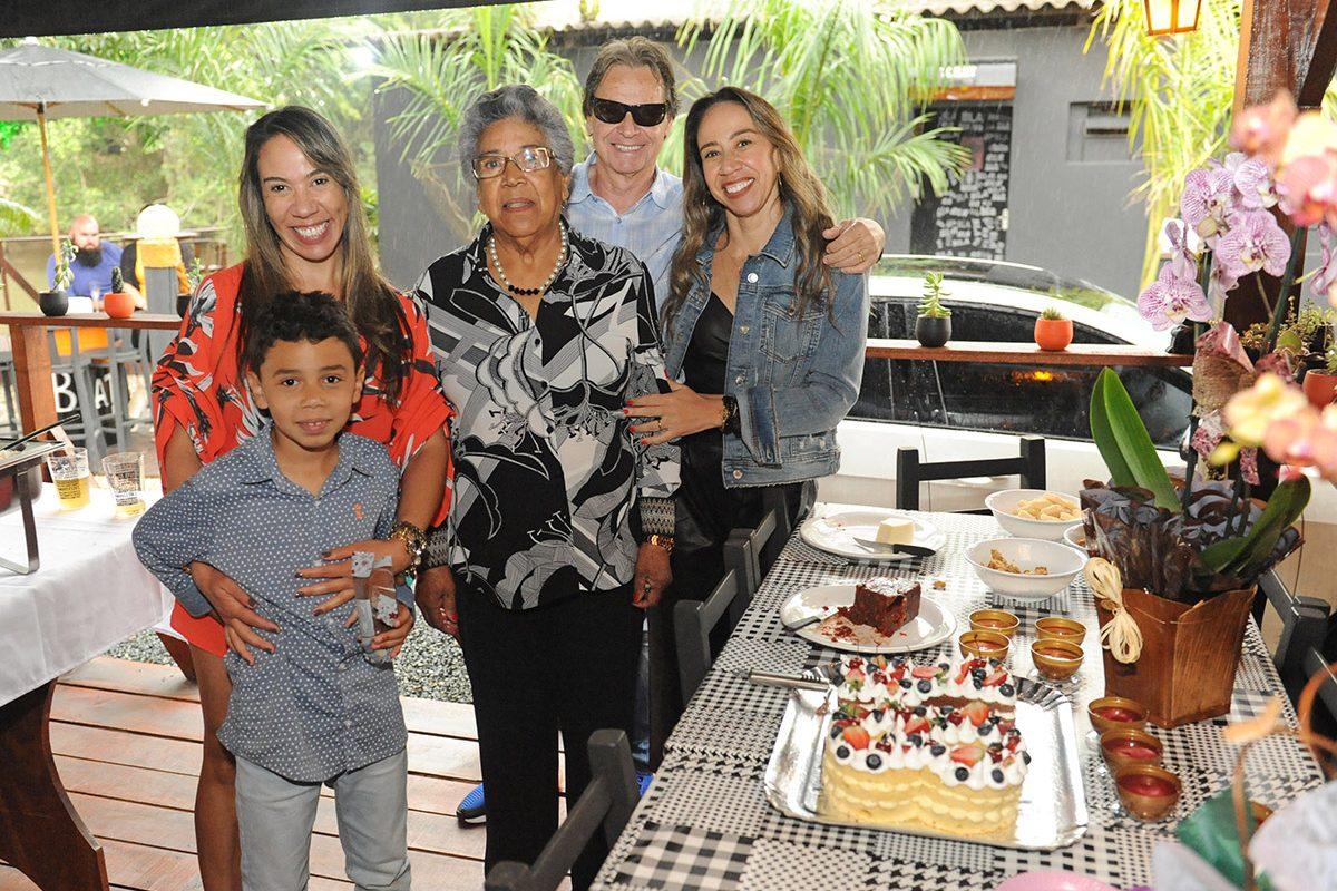 Protegido: Glória Fernanda – 48 anos