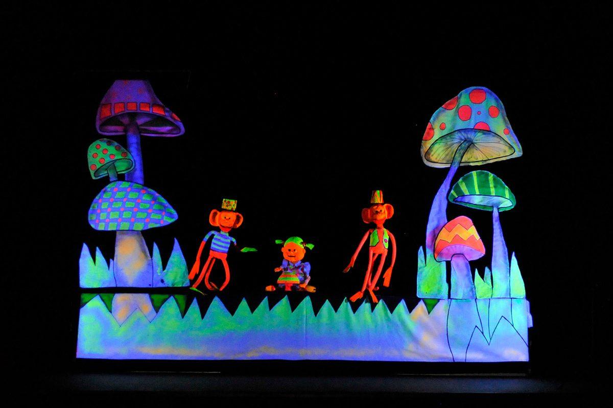 Mostra itinerante de teatro – Alice no Brasil das Maravilhas (Piçarras)