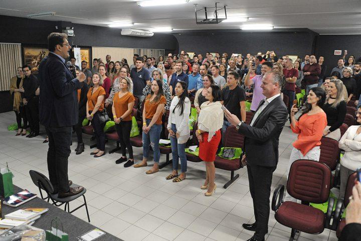 Palestra CDL – Seja Extraordinário – com Marcos Sousa