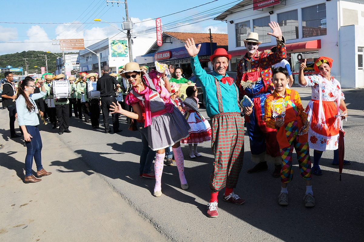 Piçarraiá 2017 – 1º dia – desfile de abertura