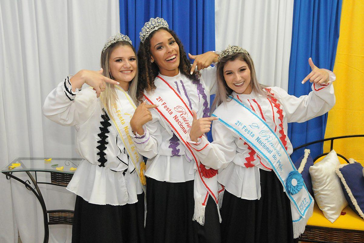 Rainha e princesas da 21ª Festa Nacional do Pirão