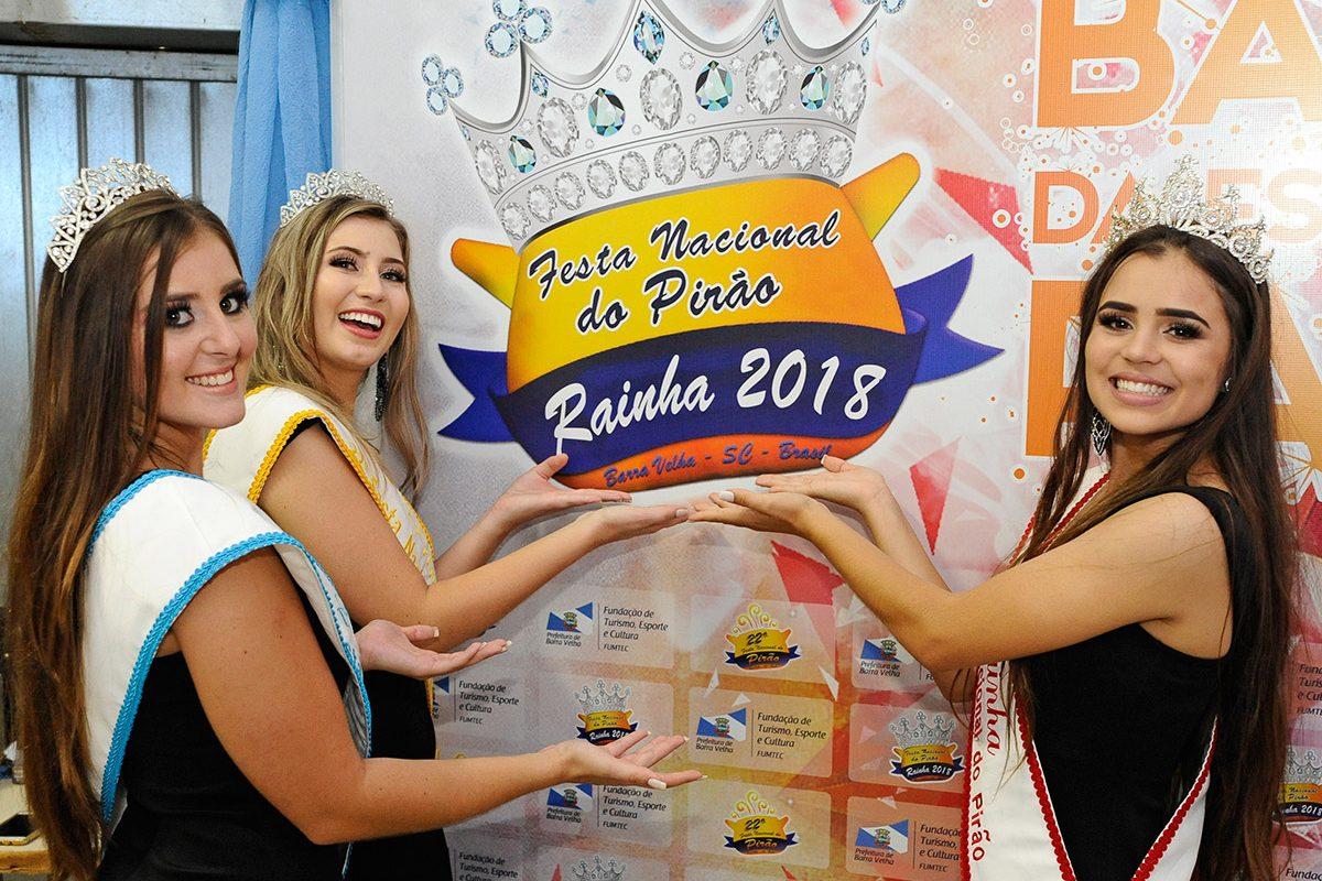 Rainha e Princesas da 22ª Festa Nacional do Pirão (Barra Velha)
