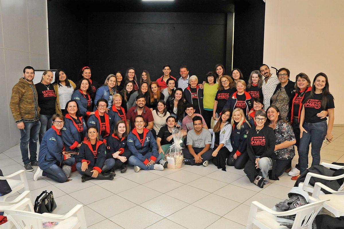 Recepção do grupo de danças Argentino Reevolución (Piçarras)